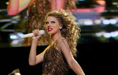 Swift won't star in 'Les Miserables'