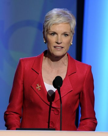 Planned Parenthood fights federal cuts