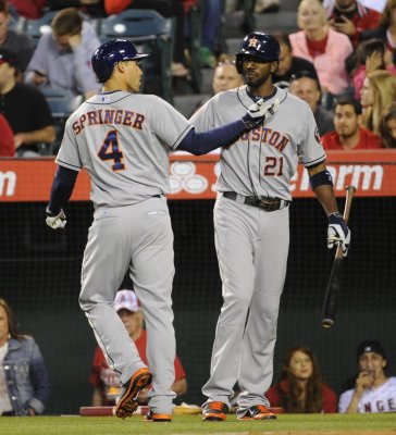 Astros cap Braves series with win