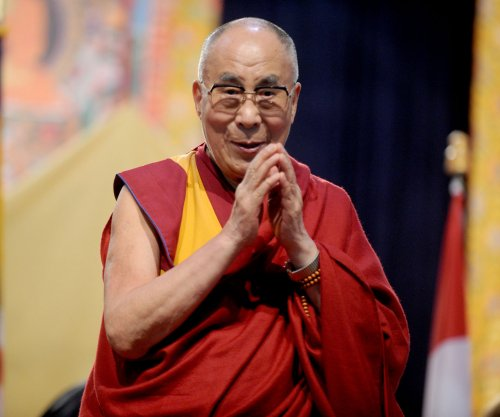 Dalai Lama traveling to U.S. to receive prostate treatment
