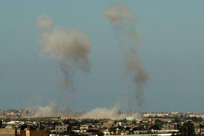 Gaza militants fire rockets; 5 Palestinians killed in strikes