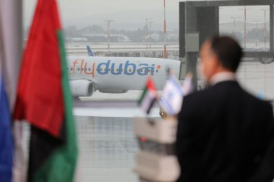 Officials delay over 150 Israelis in Dubai airport amid visa issues