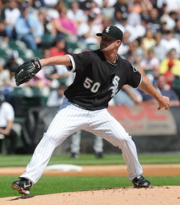 MLB: LA Angels 3, Chicago White Sox 2
