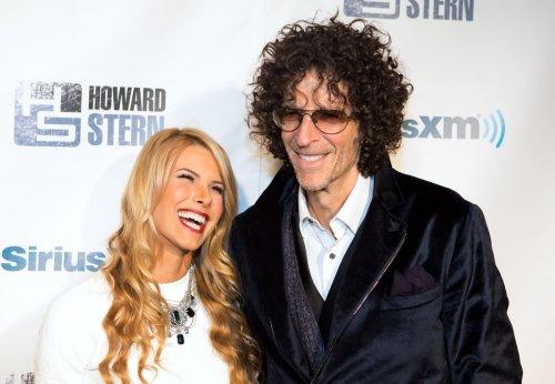 Howard Stern celebrates 60th birthday with bash [PHOTOS]