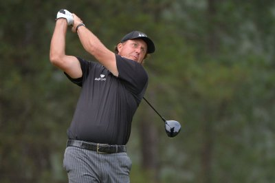 Phil Mickelson reportedly cleared of insider trading