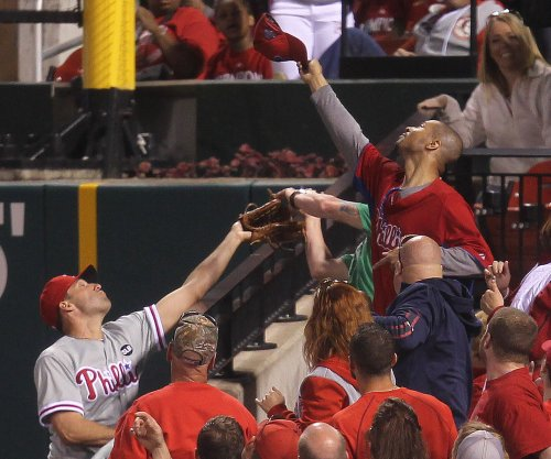 Francoeur's homer helps Philadelphia Phillies beat Miami Marlins