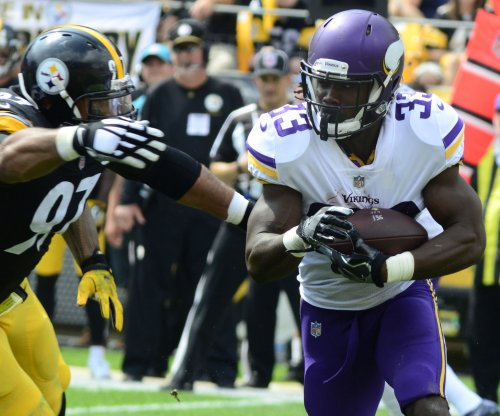 Minnesota Vikings' injury bug bites RB Dalvin Cook, possibly out for season