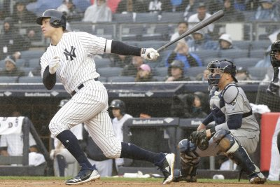 Struggling clubs meet when Yankees visit Tigers