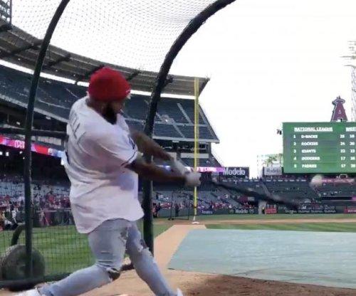 Odell Beckham Jr. smashes bombs during Rays batting practice