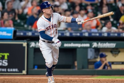 Astros' Alex Bregman hits two Mother's Day homers in front of mom