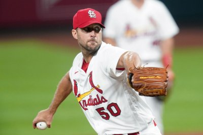 Adam Wainwright returning to Cardinals on 1-year deal