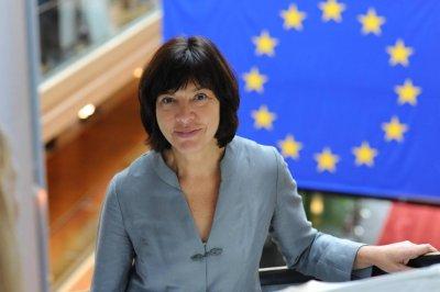 Russia denies European lawmaker entry to witness espionage trial of Ukrainian pilot