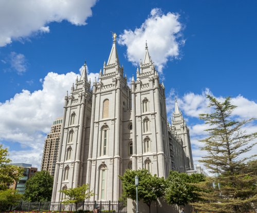 Utah passes landmark LGBT rights bill backed by Mormon leaders
