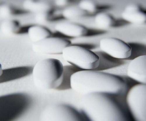 Calcium supplements might raise older women's dementia risk