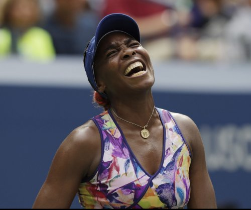 Venus Williams advances in Hong Kong