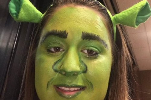 Teen pulled over while wearing 'Shrek' makeup