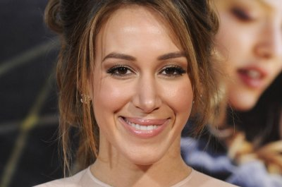 Haylie Duff gives birth to daughter Lulu Gray