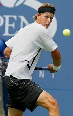 Joachim Johansson retires from tennis