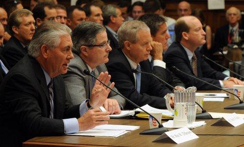 Big oil protected by GOP, Democrats say