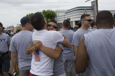 Military: Allowing gays to serve works