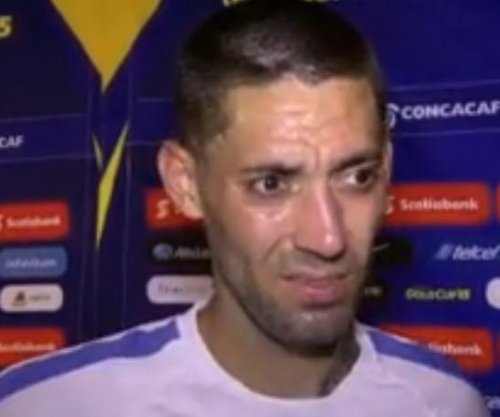 Gold Cup: Clint Dempsey tallies hat trick in USA's 6-0 win over Cuba