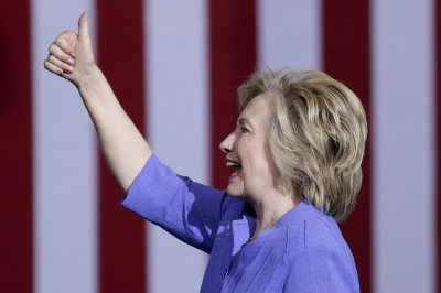 Hillary Clinton tops Donald Trump in August fundraising totals