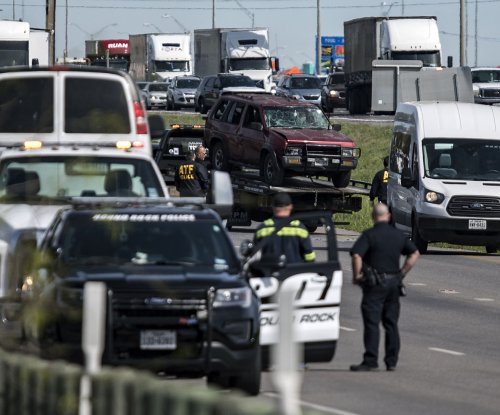 Texas police find explosives in suspected bomber's home