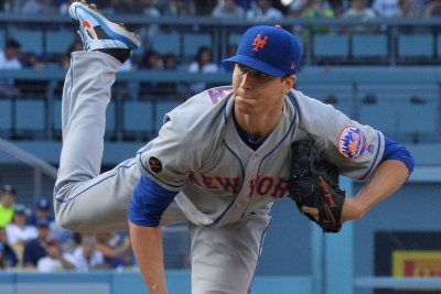 Mets' DeGrom continues Cy Young push vs. Red Sox