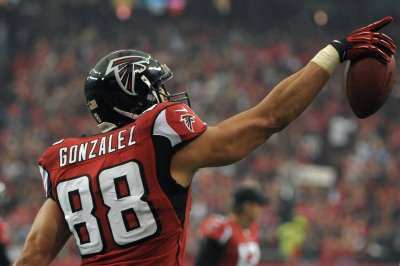 Tony Gonzalez, Ed Reed highlight 2019 NFL Hall of Fame finalists