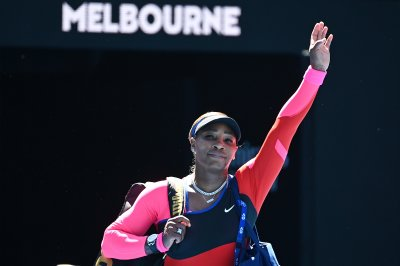 Australian Open: Serena tearful after exit, mum on retirement