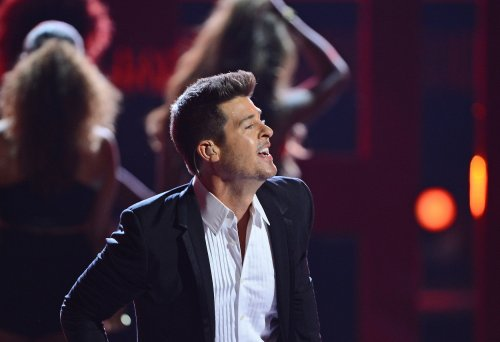 Robin Thicke, Vampire Weekend to headline FreeFest