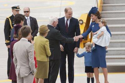 Canada warmly greets Britain's royal family