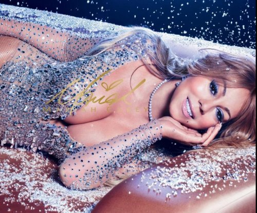 Mariah Carey shows off her M.A.C. Cosmetics collection