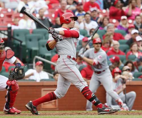 Joey Votto leads Cincinnati Reds past New York Yankees