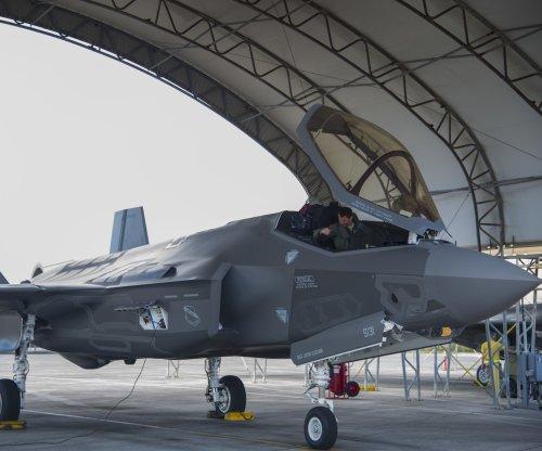 Navy awards Pratt & Whitney $2B for F-35 propulsion systems