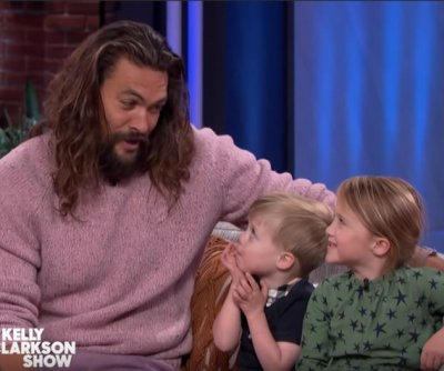 Kelly Clarkson's kids interview Jason Momoa about 'Aquaman'