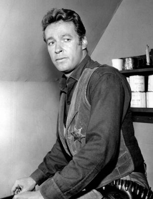 Russell Johnson, Gilligan's Island star, dies of kidney failure