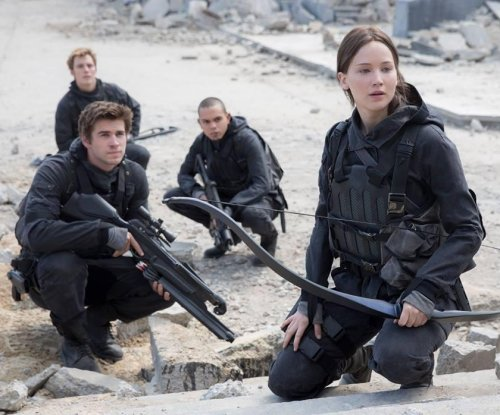 Jennifer Lawrence shares first 'Mockingjay - Part 2' photo