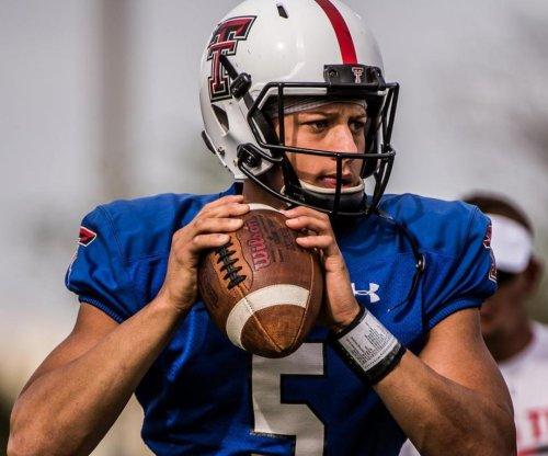 Texans coach Bill O'Brien loves quarterback in 2017 NFL Draft