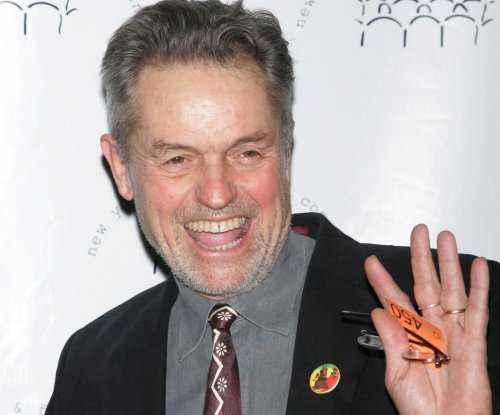 'Silence of the Lambs' director Jonathan Demme dead at 73