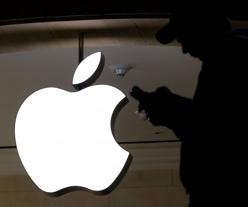 Apple loses trademark battle with Italian clothier 'Steve Jobs'