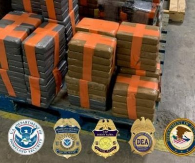 Agents seize 4,000 pounds of drugs from U.S.-Mexico border tunnel