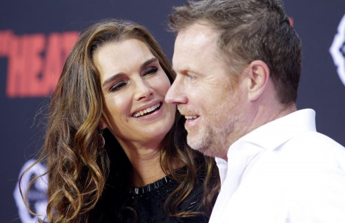 Brooke Shields: Agassi promised difficult divorce of they'd had kids