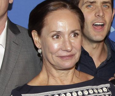 Laurie Metcalf to play Annie Wilkes in Broadway's 'Misery'