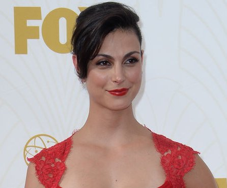 Morena Baccarin, Ben McKenzie make red carpet debut