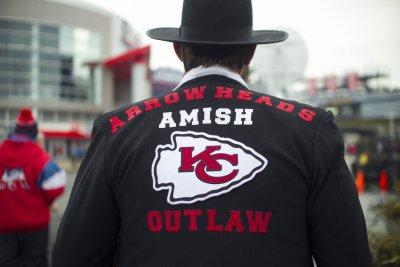 Playoff-bound Kansas City Chiefs end Denver Broncos' postseason hopes