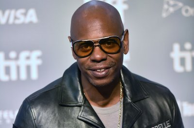 Dave Chappelle plans five-night Broadway residency