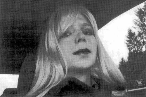 Chelsea Manning to undergo gender treatment in jail