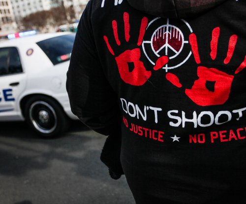 U.S. Police-related deaths pass 1,000, terror fatalities remain below 10