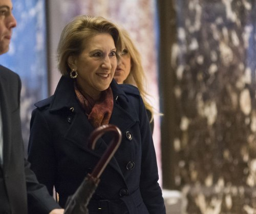Reports: Ex-rival Fiorina may be Trump's pick for U.S. intelligence director